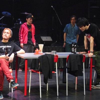パンチドランカーKAAT公演シーン写真